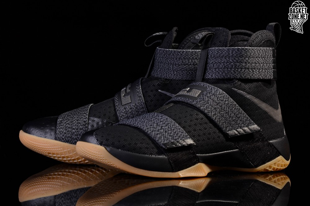 NIKE LEBRON SOLDIER 10 BLACK GUM price €115.00  e75221216924