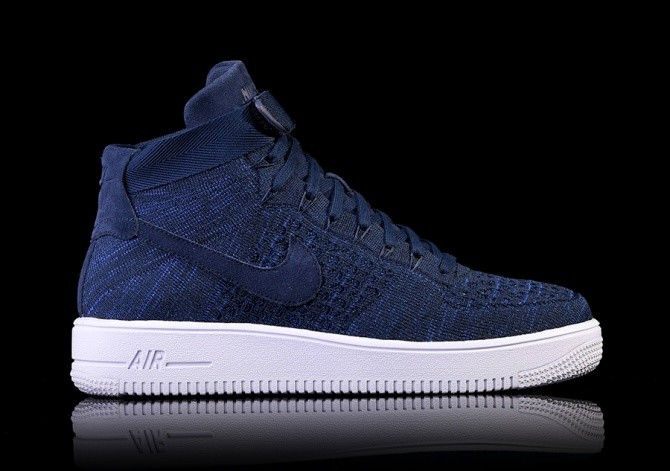 NIKE AIR FORCE 1 ULTRA FLYKNIT MID COLLEGE NAVY