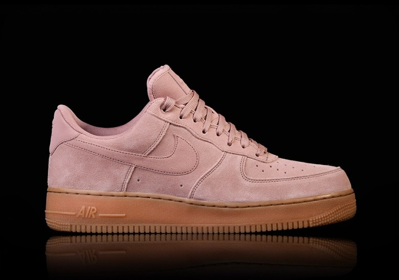 check out 77a48 d919f NIKE AIR FORCE 1 07 LV8 SUEDE PARTICLE
