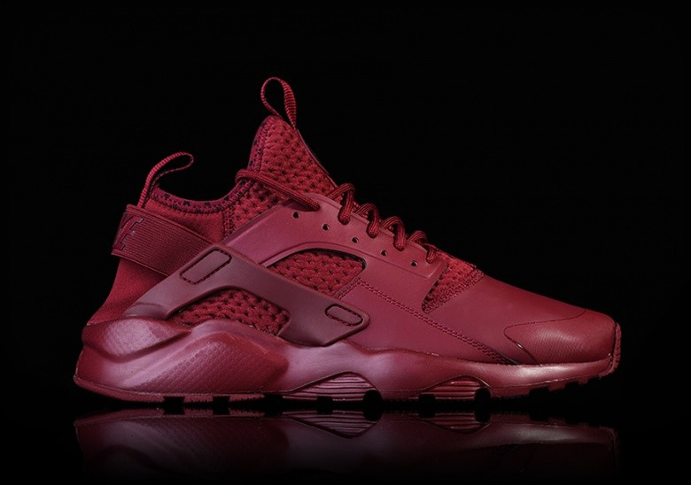 NIKE AIR HUARACHE RUN ULTRA SE TEAM RED für €112,50 | Basketzone.net