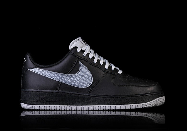 NIKE AIR FORCE 1  07 LV8 BLACK por €97 a1c18ece83061