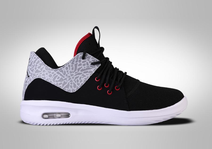 Basket Nike Air Jordan First Class Bg Nike 32EGBq6RU