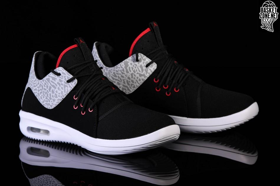 Basket Nike Air Jordan First Class Bg Nike wXWKmy