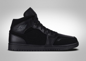 low priced 35a2d 8d104 ZAPATILLAS DE BALONCESTO. NIKE AIR JORDAN 1 RETRO MID TRIPLE BLACK