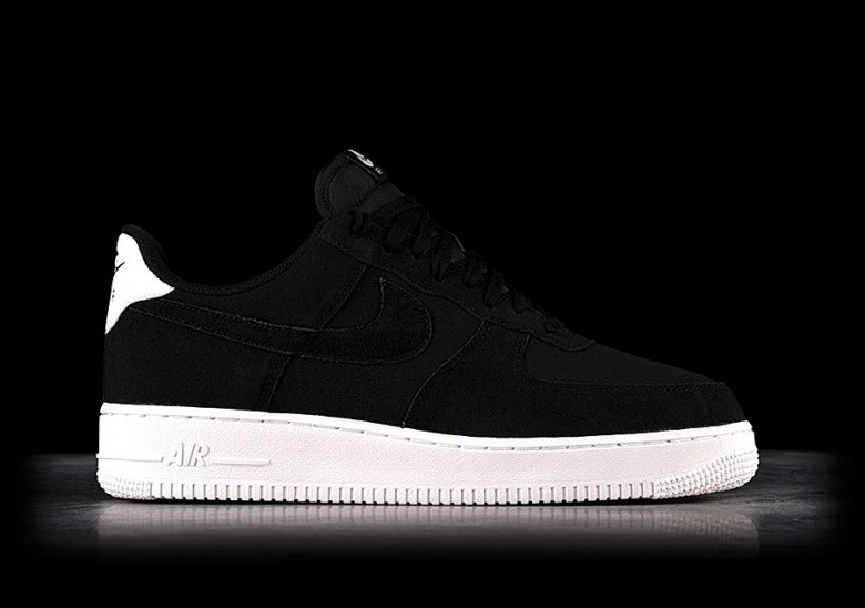 NIKE AIR FORCE 1  07 SUEDE BLACK pour €99 1c4579ed28c1