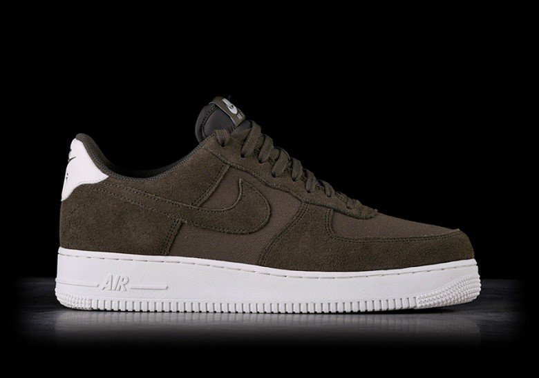 revendeur 04e74 36340 NIKE AIR FORCE 1 '07 SUEDE DARK GREEN pour €99,00 ...