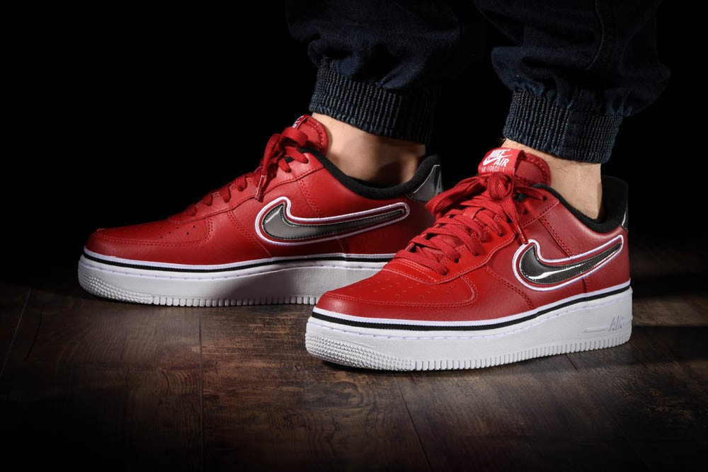 NIKE AIR FORCE 1 '07 LV8 SPORT NBA for