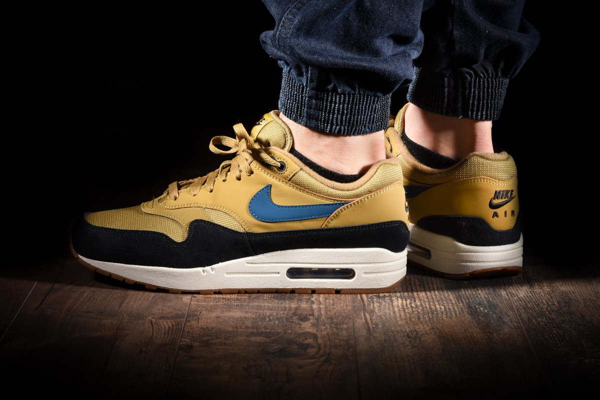 NIKE AIR MAX 1 for 14415.00¥ | |