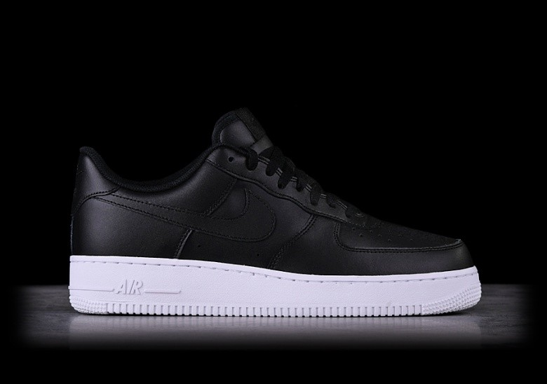 new concept cebf0 2c8ea NIKE AIR FORCE 1  07 BLACK