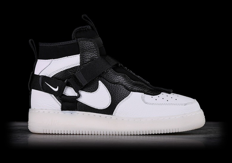 NIKE AIR FORCE 1 UTILITY MID ORCA price €137.50 |