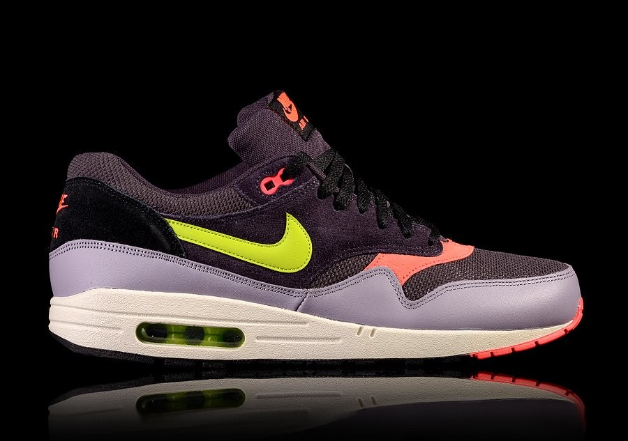 NIKE AIR MAX 1 ESSENTIAL HYPER GRAPE