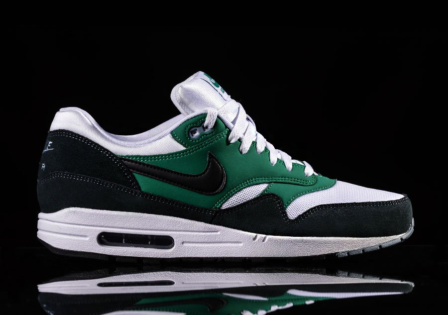 nike air max 1 green suede