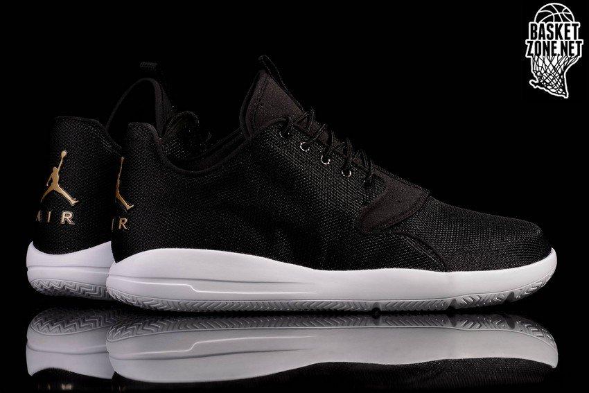chaussures jordan eclipse black metallic gold white