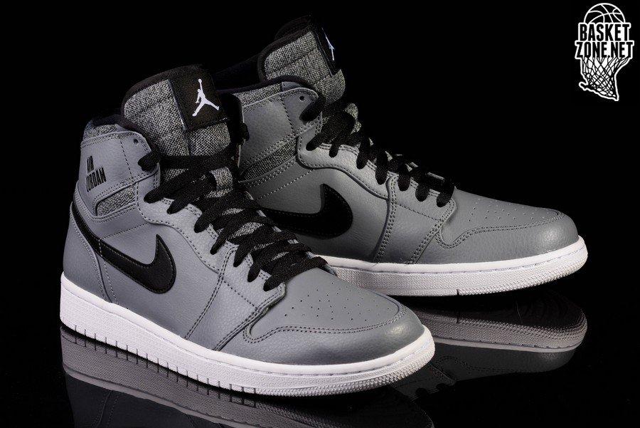 Nike Air Jordan 1 Retro